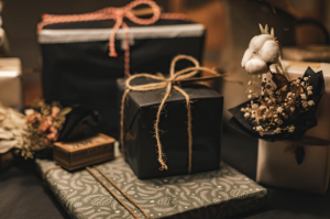 Go with these gift wrapping ideas